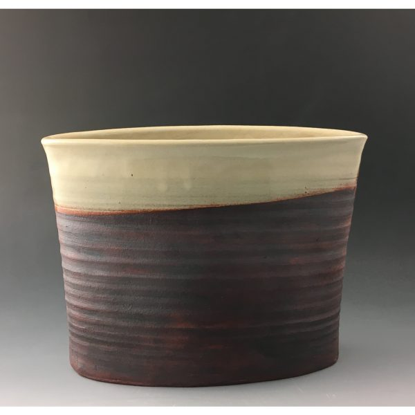 RIO Crema Oval Vase